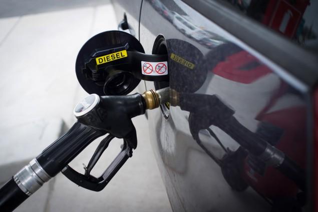 Wie das Öl mit dem Benzin für isch der Planet zu stören