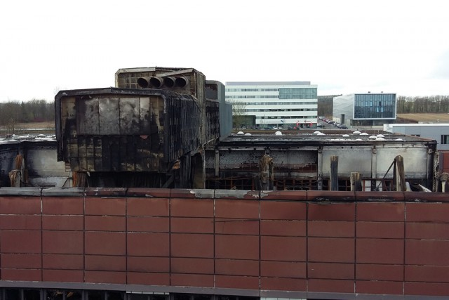 Werkzeugmaschinenlabor-Halle der RWTH Aachen eine Woche nach dem Brand