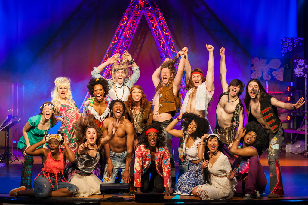 """Love, Peace And Rock: Musical """"Hair"""" In St. Vith"""