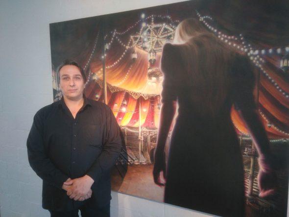 """Benjamin Fleig in seiner Galerie """"Vorne und Oben"""" im Eupener Ortsteil Nispert"""