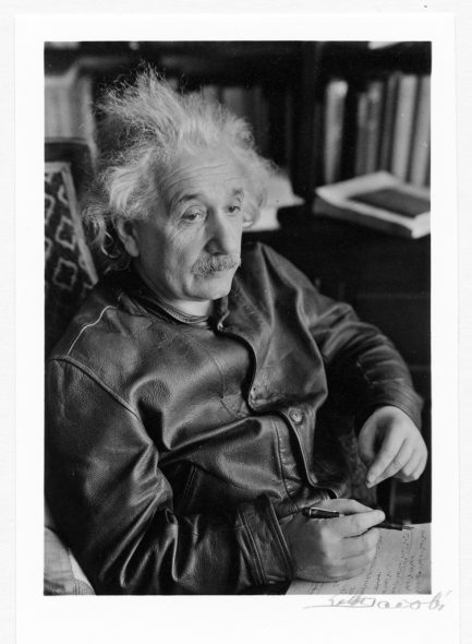 Lotte Jacobi (1896 – 1990): Albert Einstein (© The Lotte Jacobi Collection, University of New Hampshire, USA)