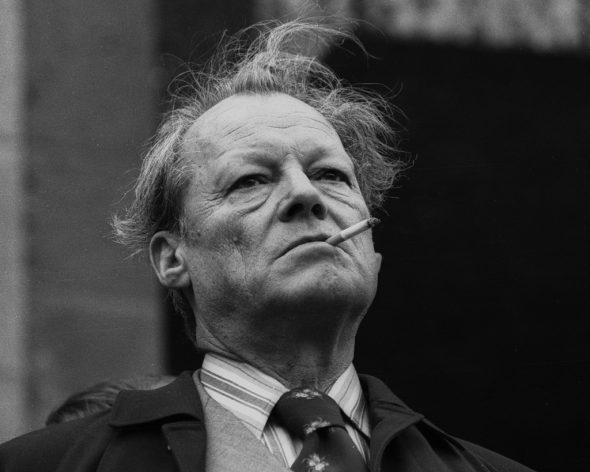 Engelbert Reineke (*1939): Willy Brandt bei einer Wahlveranstaltung vor dem Stuttgarter Rathaus