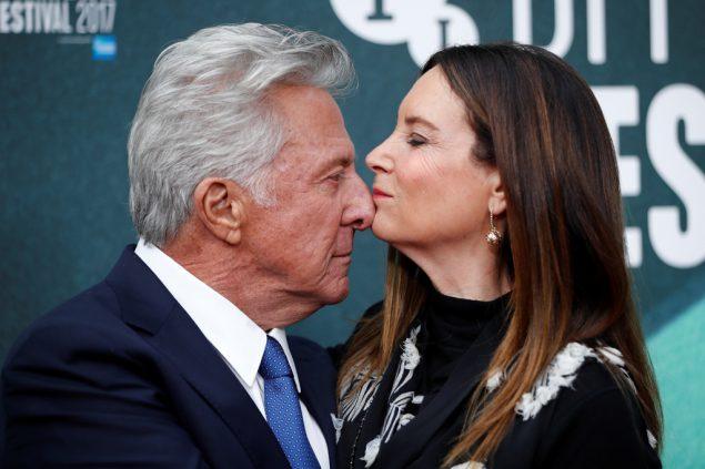 Us Autorin Wirft Dustin Hoffman Belastigung Vor