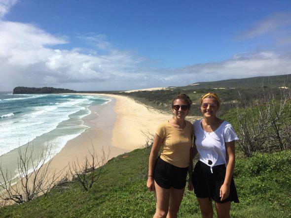 Julia Ernst und Michèle Cormann in Australien (Bild: privat)