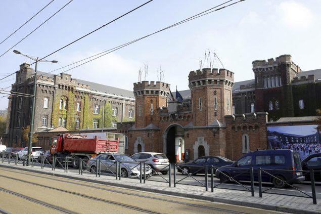 Gebäude zu alt: Asylbehörden ziehen um