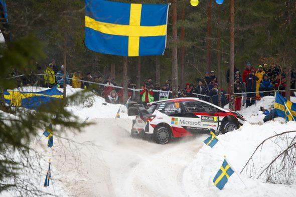 Jari-Matti Latvala bestreitet dieses Wochenende seine 197 WM-Rallye und bricht damit den Rekord - allerdings hatte er sich den Tag sicher anders vorgestellt (Bild: Toyota Gazoo Racing)