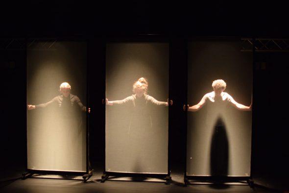 """Agora inszeniert neues Stück: """"Hannah Arendt auf der Bühne"""" (Bild: Roger Hilgers/Agora)"""