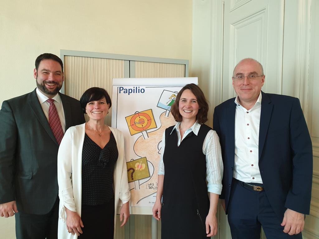 Papilio-Programm vorgestellt: Minister Harald Mollers, Nadja Brandt, Christine Schifflers, Manfred Kohnen (vlnr) (Bild: Lena Orban/BRF)