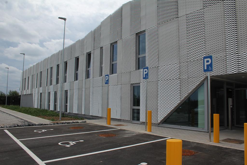 Neues Postverteilungszentrum in der St. Vither Industriezone 2 (Bild: Rudi Schroeder/BRF)