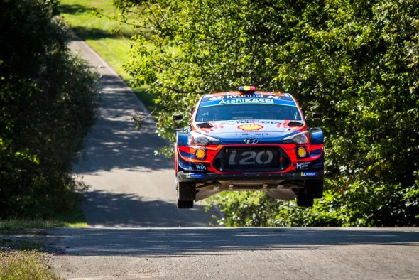 Thierry Neuville/Nicolas Gilsoul im Hyundai i20 WRC bei der Rallye Deutschland (Bild: Fabien Dufour/Hyundai Motorsport)