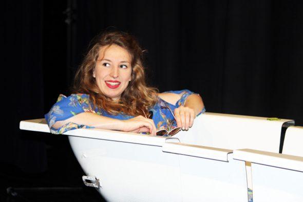Schauspielerin und Sängerin Galia de Backer