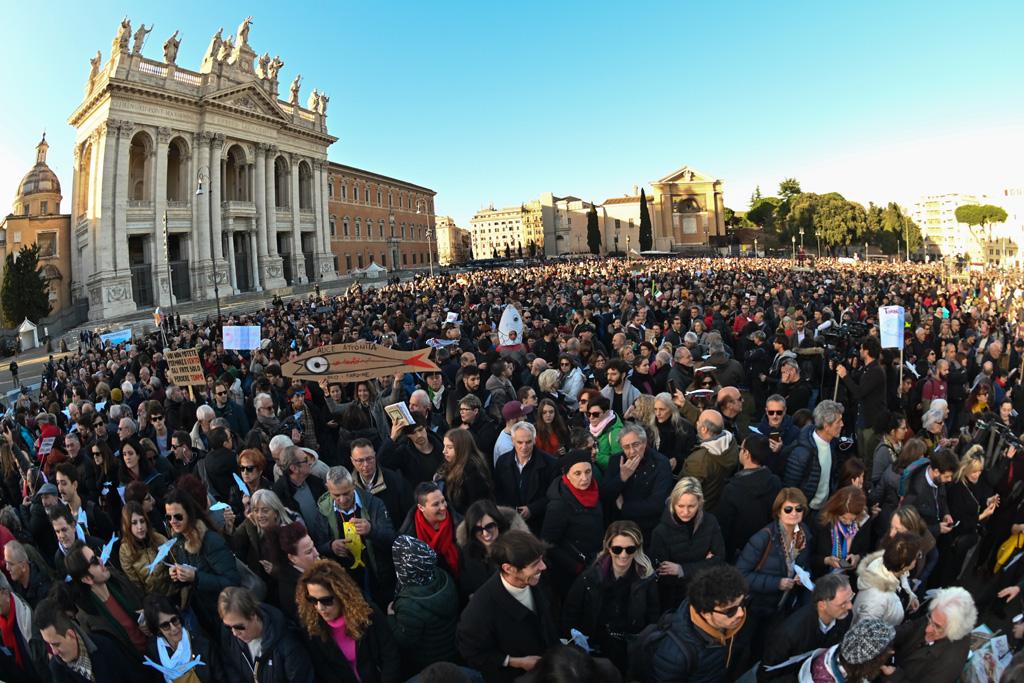 """""""Sardinen"""" protestieren in Rom gegen Rechtspopulisten (Bild: Andreas Solaro/AFP)"""