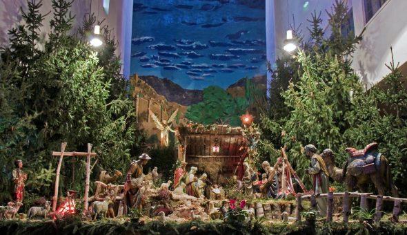 """Krippe in Eupen, Garnstock (Bild: Buch """"Ein Kind geboren zu Bethlehem"""")"""