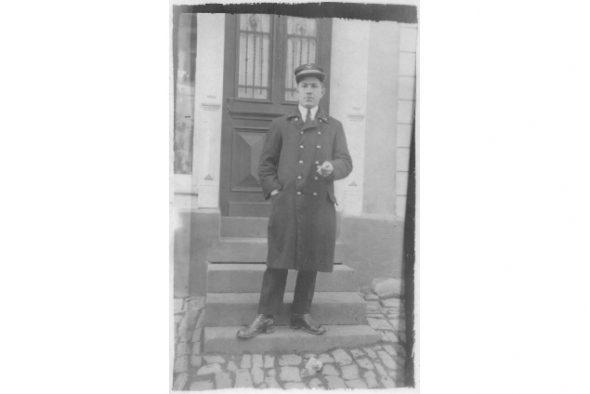 Nikolaus Fickers als belgischer Bahnbeamter Mitte 1920er Jahre