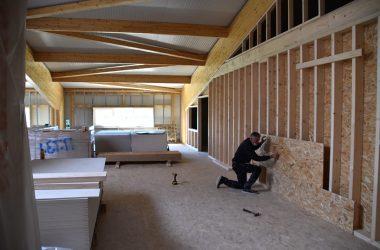 wie lange dürfen handwerker im mietshaus arbeiten