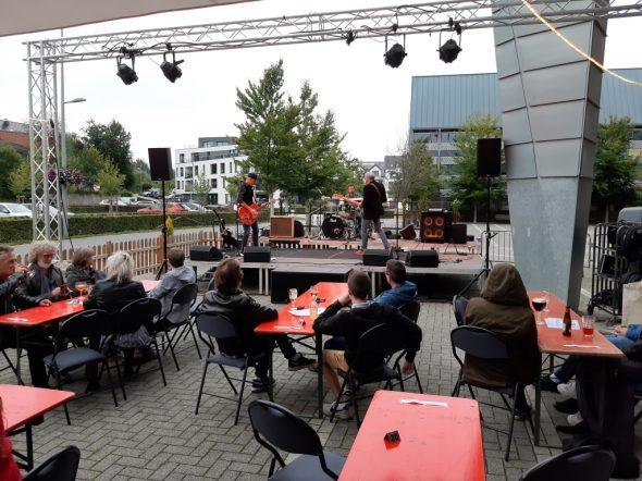 Sommerkonzertreihe im Triangel-Biergarten (Bild: Manuel Zimmermann/BRF)