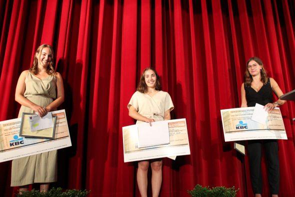 Gewinnerinnen Rhetorika 2020 (Bild: Raffaela Schaus/BRF)