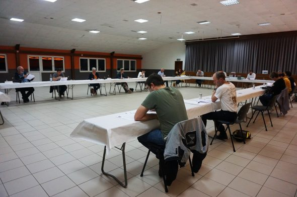 Der Gemeinderat Amel tagt in Medell (Foto: Stephan Pesch, BRF)
