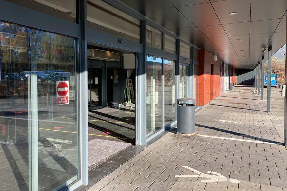 Geschäftskomplex an der Herbesthaler Straße in Eupen (Bild: Robin Emonts/BRF)