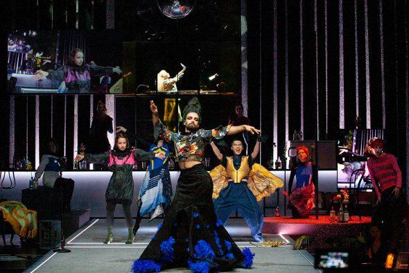 La Calisto: Fabio Lesuisse und Ensemble (Bild: Wil van Iersel/Theater Aachen)