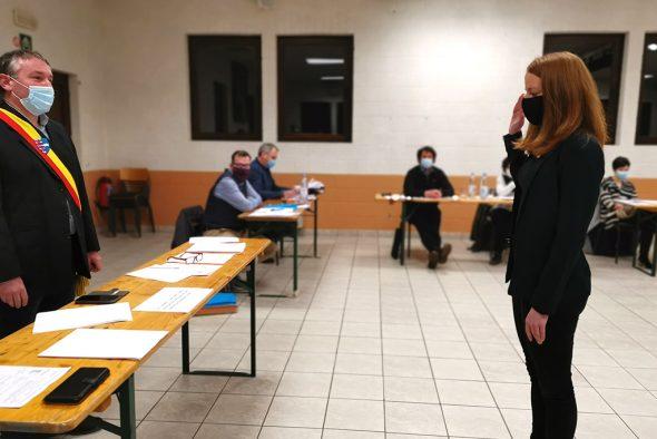Vereidigung der neuen Finanzdirektorin Anabel Schneider im Ameler Gemeinderat (Bild: Raffaela Schaus/BRF)