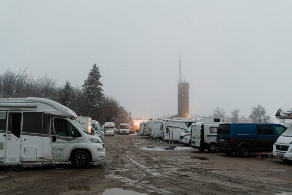 Parkplatz am Signal de Botrange am Sonntagmorgen (Archivbild: Nicolas Lambert/Belga)