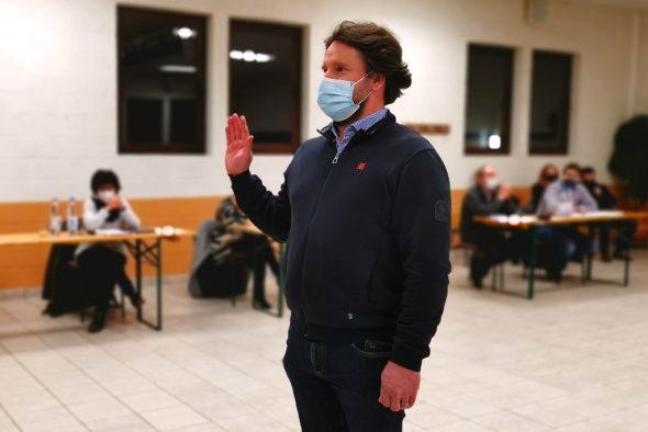 Vereidigung von Stefan Durben im Ameler Gemeinderat (Bild: Raffaela Schaus/BRF)