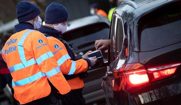 Polizeikontrolle (Bild: Benoit Doppagne/Belga)
