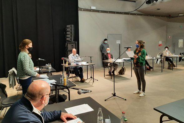 Vereidigung von Claire Guffens als Mitglied des Eupener Stadtrats (Bild: Andreas Lejeune/BRF)