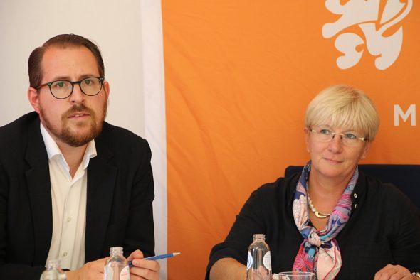 Jérôme Franssen und Patricia Creutz bei der CSP-Pressekonferenz am Donnerstag (Bild: Chantal Scheuren/BRF)
