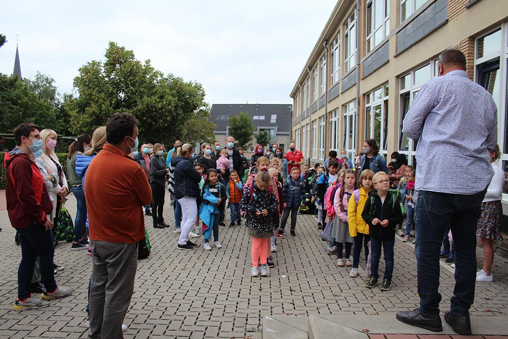 Schulstart an der Gemeindeschule Kelmis (Bild: Michaela Brück/BRF)