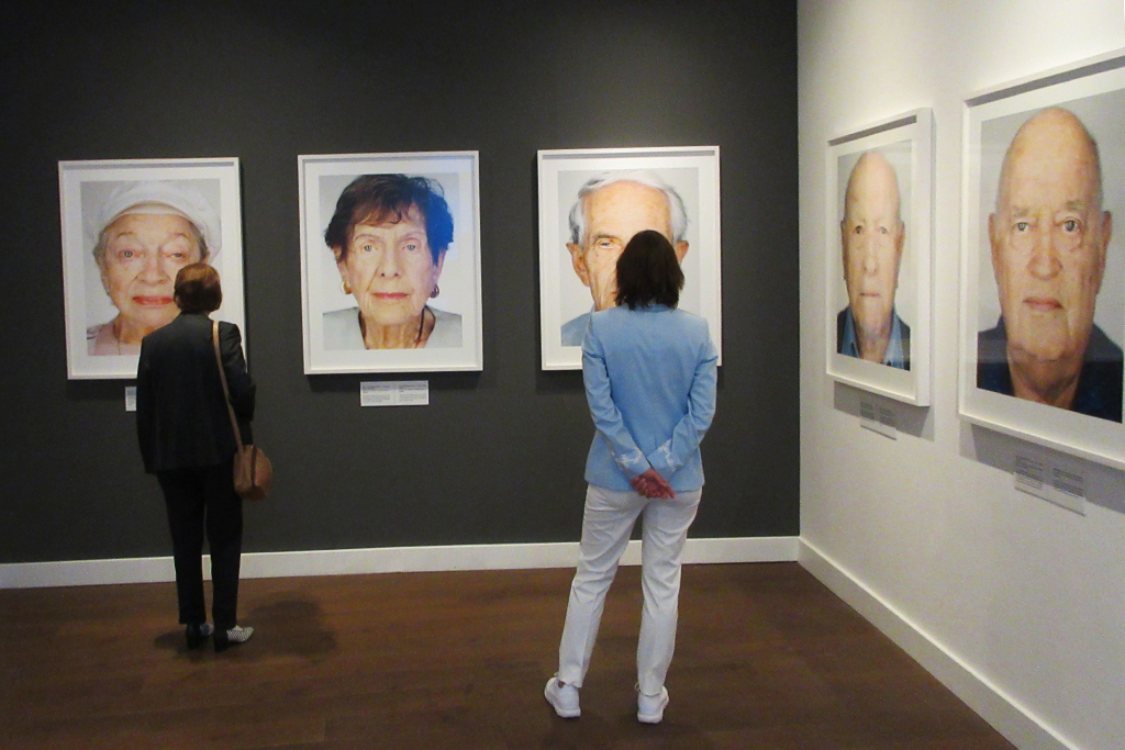 Martin Schoeller: 'Survivors: Faces of Life after the Holocaust' im Fotomuseum aan het Vrijthof Maastricht (Bild: Vojislav Miljanovic/KAM3)