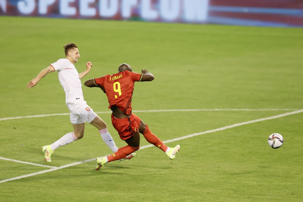 Belgium's Romelu Lukaku scores the 1-0 goal during a soccer game between Belgian national team Red Devils and Czech Republic, Sunday 05 September 2021 in Brussels, game 5 in group E of the qualifications for the 2022 FIFA World Cup. BELGA PHOTO BRUNO FAHY